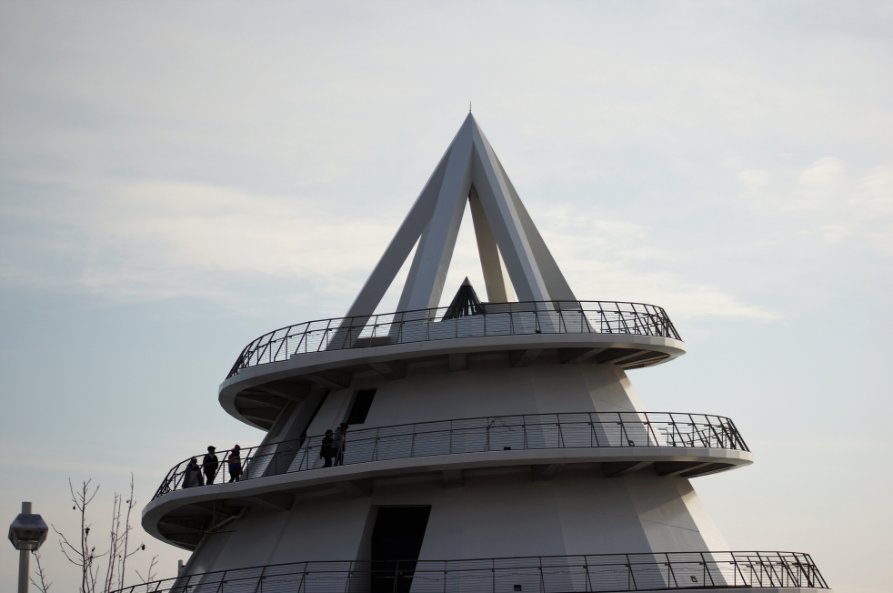 三角港 海のピラミッド